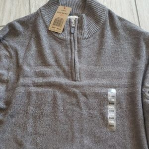 New Dockers  light sweater